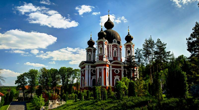 Vista esteriore al monastero ortodosso di Curchi, Orhei, Moldavia fotografie stock