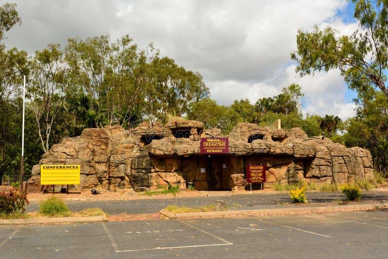 Vista esteriore del centro aborigeno di Dreamtime in Rockhampton fotografia stock