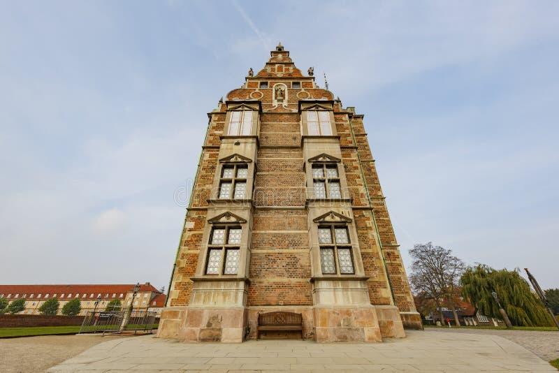 Vista esteriore della scanalatura famosa di Rosenborg fotografia stock libera da diritti