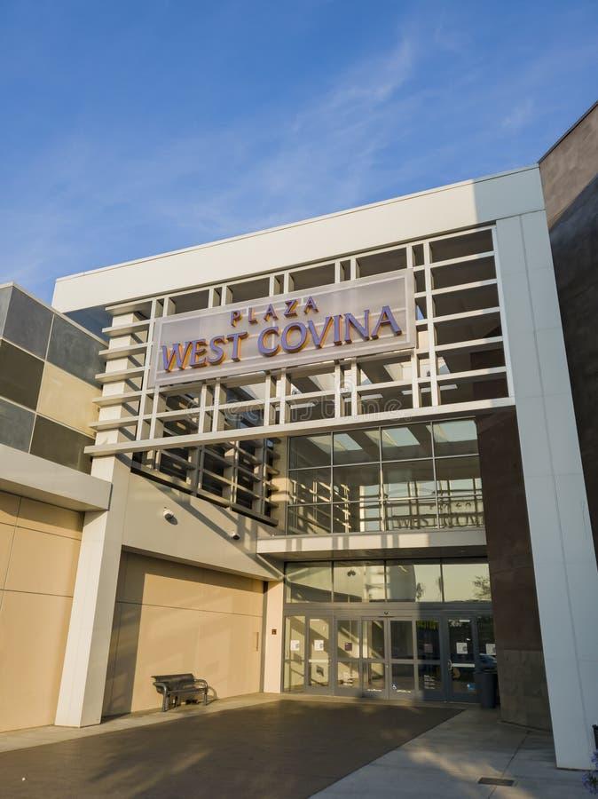 Vista esterna del centro commerciale della Covina occidentale immagini stock
