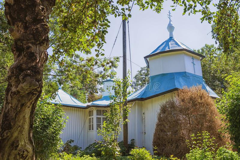 Vista exterior de la iglesia ortodoxa rusa fotos de archivo libres de regalías