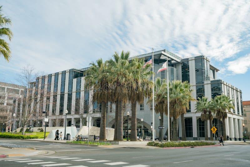 Vista exterior del departamento de servicios de la atención sanitaria fotos de archivo libres de regalías