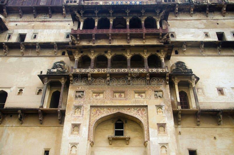 Vista exterior del palacio de Datia También conocido como Bir Singh Palace o Bir Singh Dev Palace Datia Madhya Pradesh imagen de archivo libre de regalías