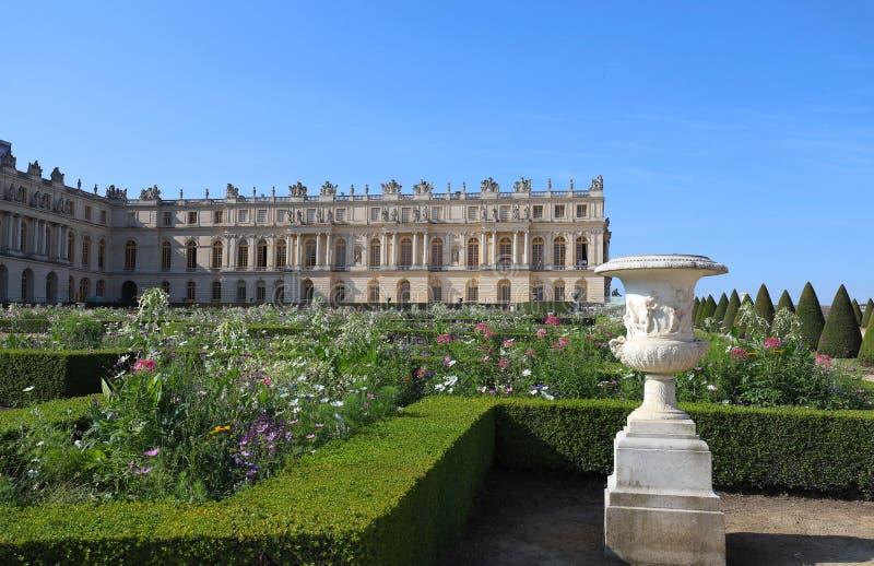 Vista exterior del palacio famoso Versalles El palacio Versalles era un castillo real imágenes de archivo libres de regalías