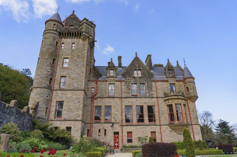Vista exterior do castelo de Belfast foto de stock royalty free