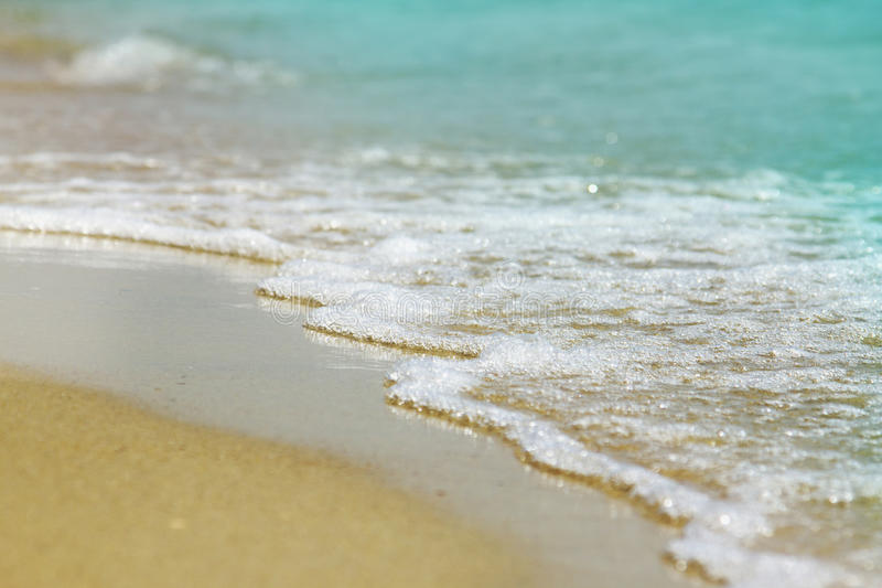 Vista fantástica do mar dos azuis celestes Ilha Sicília, Itália, Europa imagens de stock