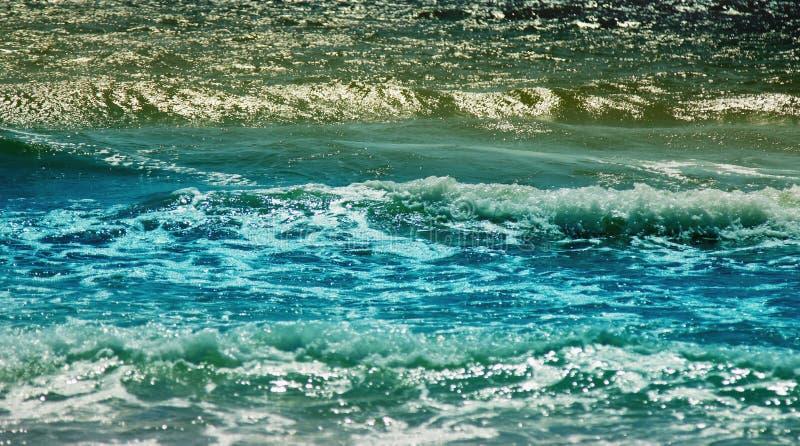 Vista fantástica do mar dos azuis celestes Italy, Europa fotos de stock