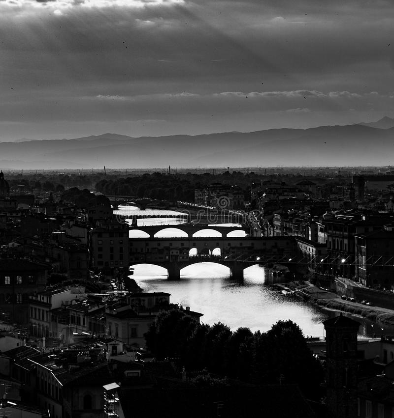 Vista a Firenze nel monocromio fotografia stock libera da diritti