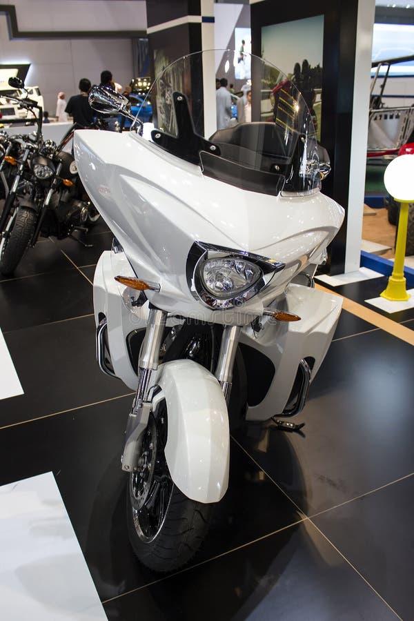 Vista frontale bianca del motociclo di vittoria fotografia stock