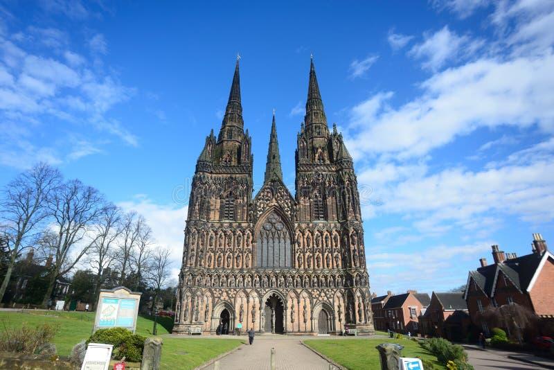Vista frontale della cattedrale di Lichfield immagine stock libera da diritti