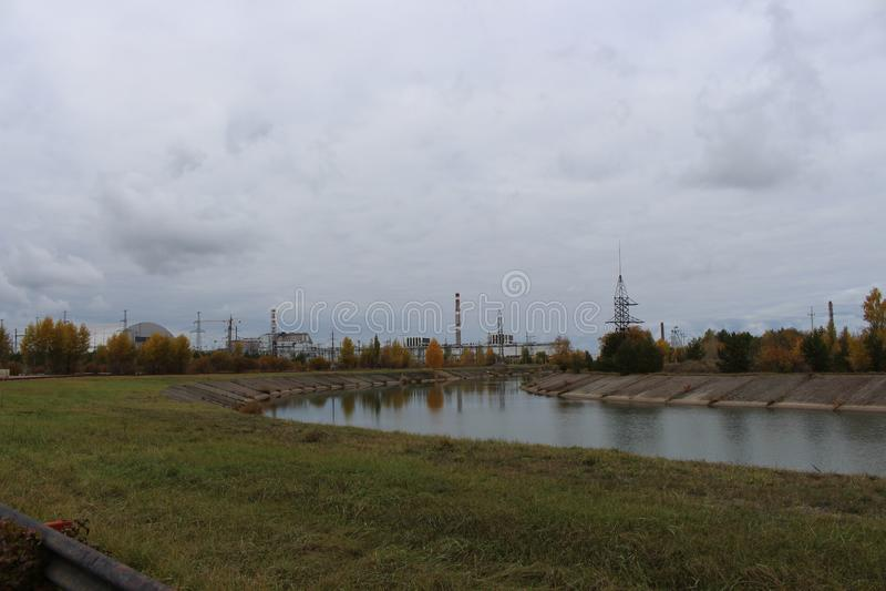 Vista general de la central nuclear de Chernóbil el 27 de octubre de 2013 en Pripyat, Ucrania fotografía de archivo