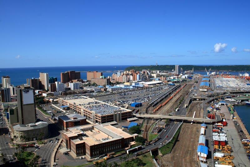 Vista geral da cidade & do porto de Durban imagem de stock
