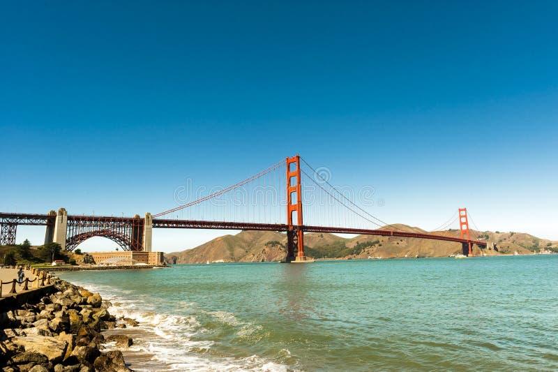 Vista geral da ponte de porta dourada San Francisco imagem de stock royalty free