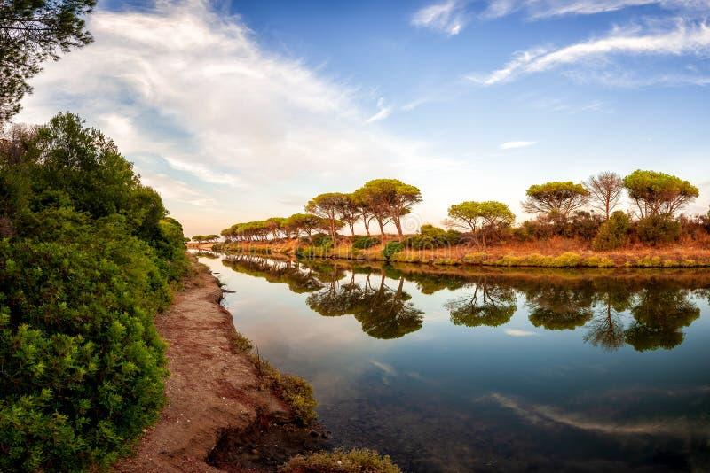 Vista geral de um estiramento da lagoa de Petrosu, Orosei sardinia fotos de stock royalty free