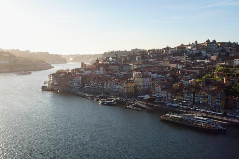 Vista geral do distrito de Ribeira em Porto, Portugal imagem de stock