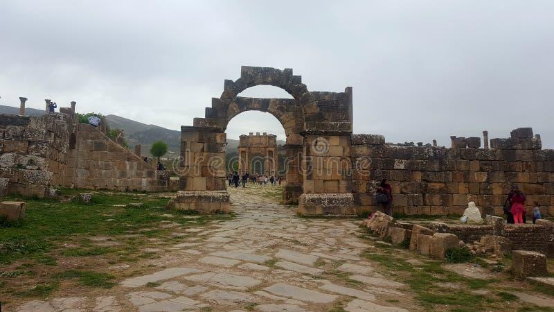 Vista geral do fórum, ruin& x27; s do djemila, Argélia foto de stock
