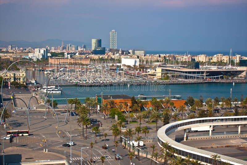 Vista geral do porto de Barcelona foto de stock royalty free
