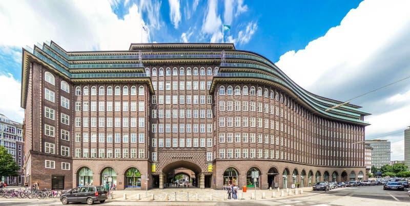 Vista granangular de Chilehaus famoso en Hamburgo, Alemania imagen de archivo