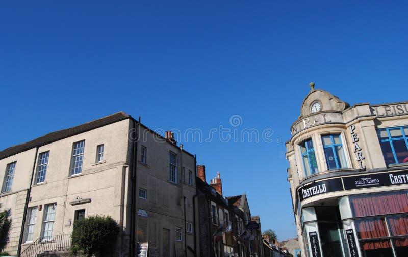 Vista hacia la histórica calle Palmer, Frome, Somerset, Inglaterra fotografía de archivo libre de regalías