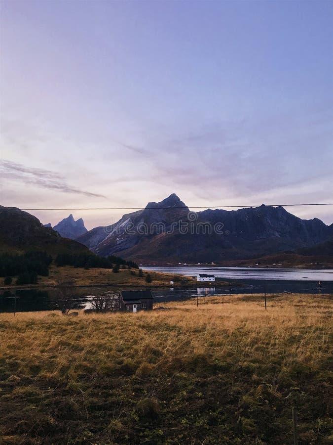 Vista increíble de los fiordos foto de archivo