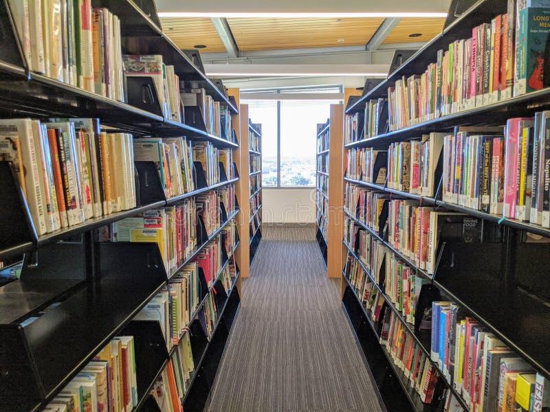 Vista interior da biblioteca em Austin Texas foto de stock royalty free