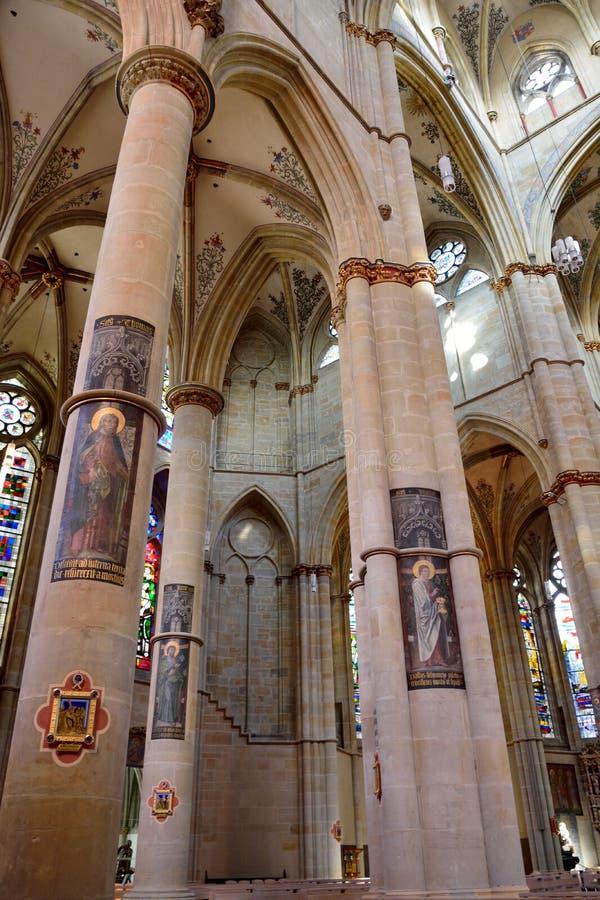 Vista interior da igreja de Liebfrauenbasilika no Trier fotografia de stock royalty free