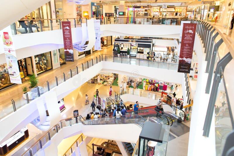 Vista interior da plaza central Rama grande 9 fotos de stock royalty free
