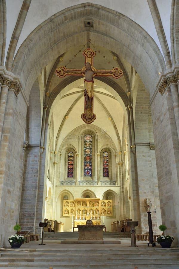 Vista interior de la catedral de Dom St Peter en Osnabrück imagen de archivo