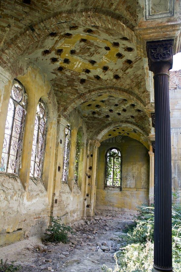 Vista interior de la sinagoga vieja fotos de archivo