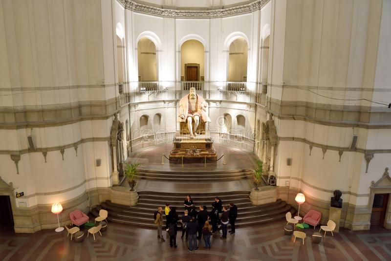 Vista interior del museo nórdico Nordiska Museet en Estocolmo, Suecia fotos de archivo libres de regalías