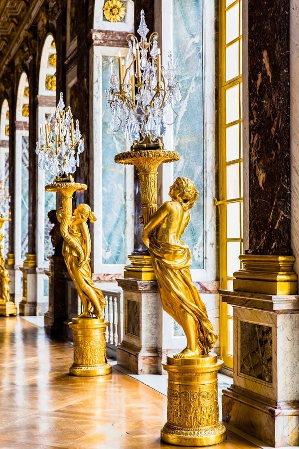Vista interior do palácio de Versalhes imagem de stock royalty free