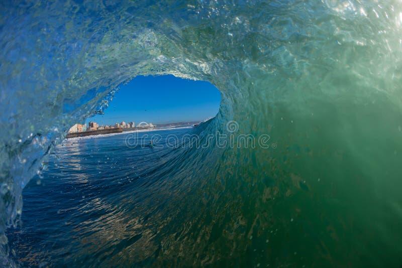 Vista interna dell'onda vuota    immagini stock