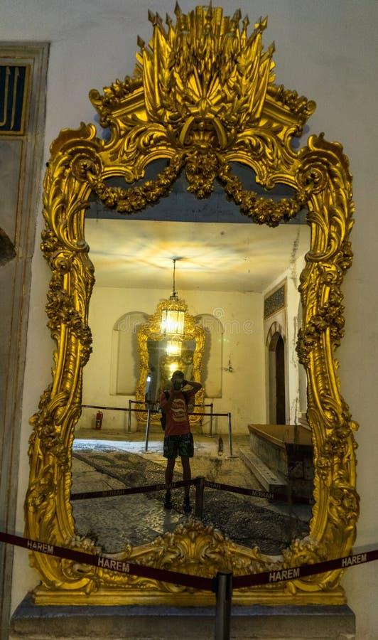Vista interna di un palazzo di Topkapi Harem, Costantinopoli, Turchia fotografia stock libera da diritti