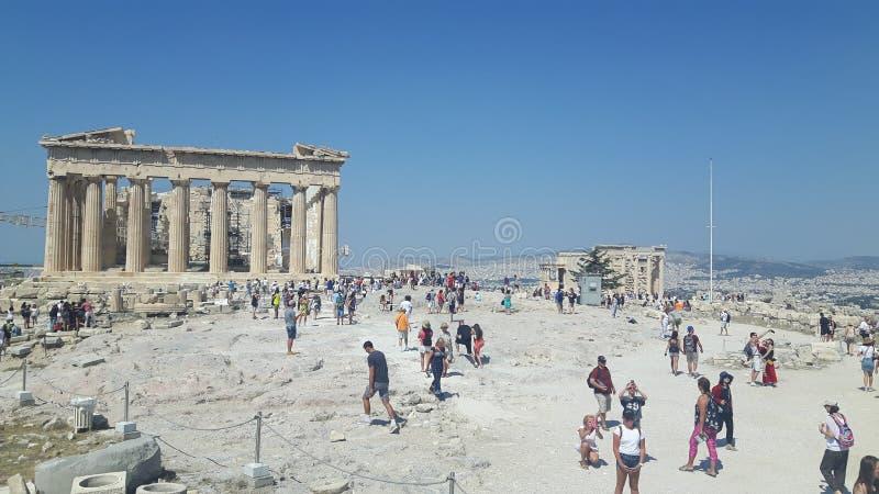 Vista a la acrópolis en Atenea en Grecia fotos de archivo libres de regalías