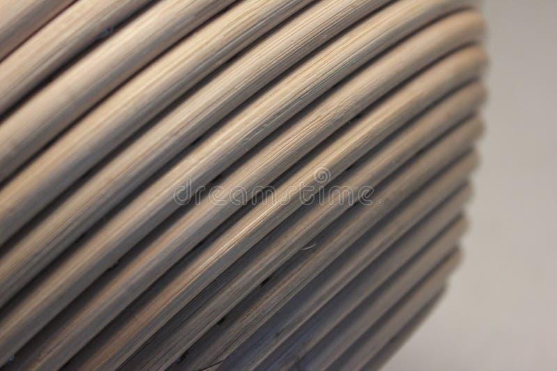 Vista lateral del cuenco de lámina natural imagenes de archivo