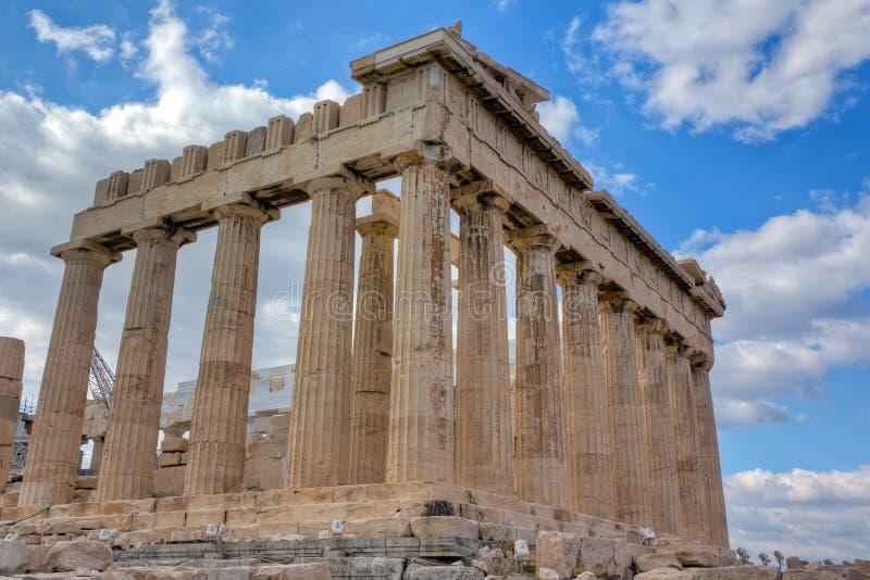 Vista lateral suroriental de la acrópolis de Atenas fotografía de archivo libre de regalías