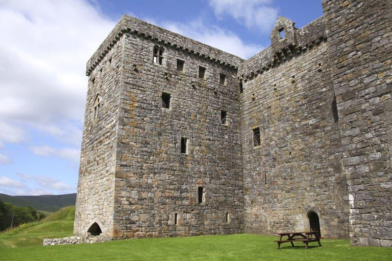 Vista laterale del castello dell'eremo fotografia stock libera da diritti