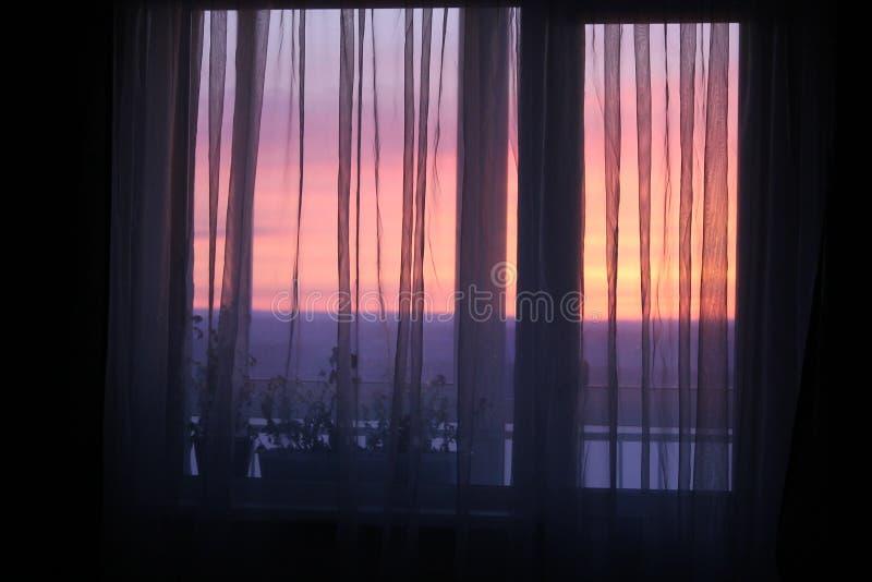 Vista lenta di alba di mattina di nuovo giorno fotografia stock libera da diritti
