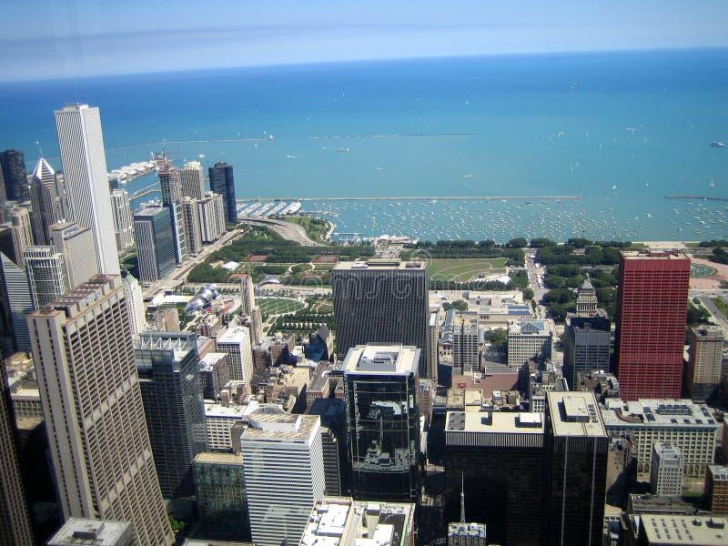 Vista a leste da torre de Willis, Chicago, IL imagens de stock royalty free