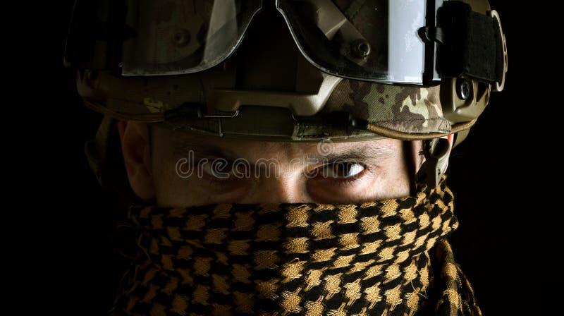 Vista macra de los ojos del militar foto de archivo libre de regalías