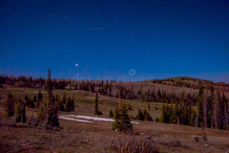 Vista magnífica hermosa de estrellas sobre Bryce Canyon National Park fotografía de archivo libre de regalías
