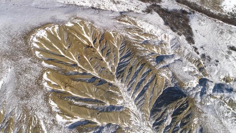Vista maravilhosa de montanhas de Andes Vista aérea - montanhas de andes, céu e nuvens brancas fotos de stock