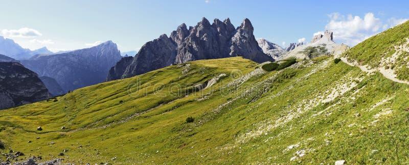 Vista maravillosa de las dolomías - Trentino Alto Adige en las dolomías Italia de Sexten del parque nacional foto de archivo libre de regalías