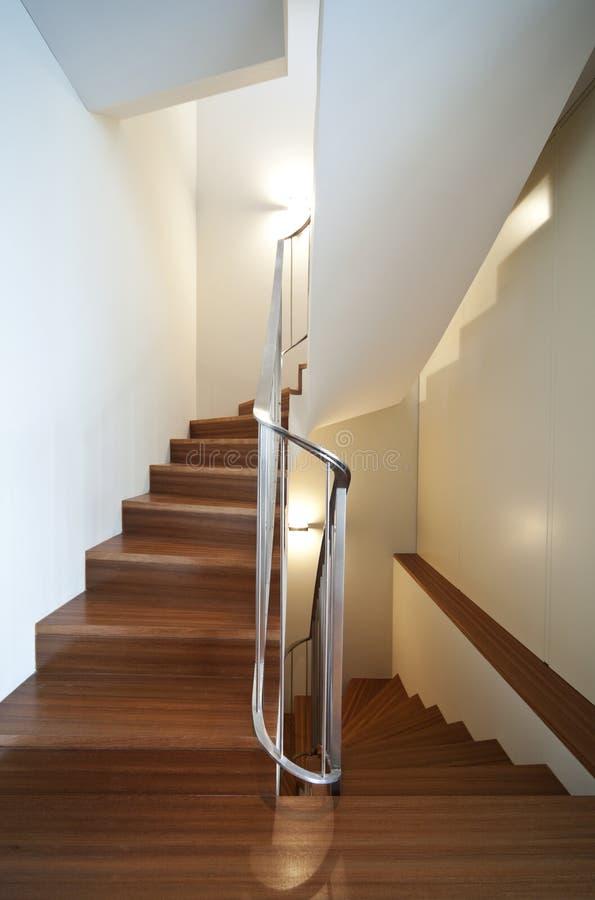 Vista moderna dell'interiore dell'appartamento fotografie stock