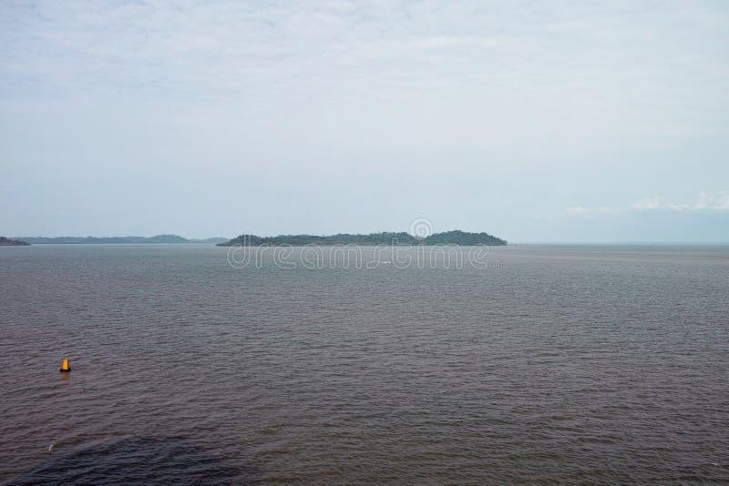 vista molto piacevole del porto di Libreville immagini stock libere da diritti
