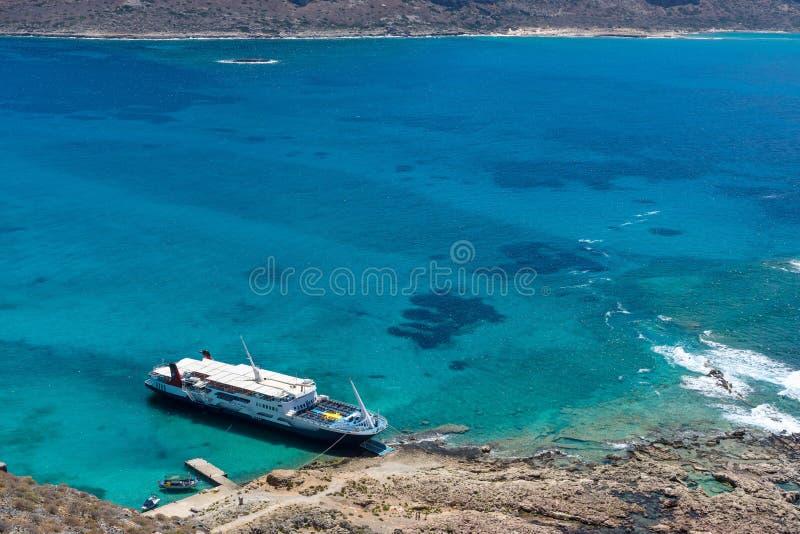 Vista na baía da ilha Imeri Gramvousa fotografia de stock