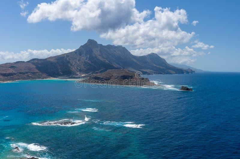 Vista na baía da ilha Imeri Gramvousa imagem de stock royalty free