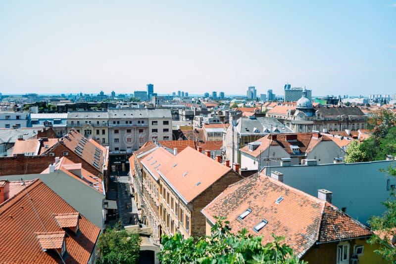 Vista na cidade de Zagreb da parte superior da cidade, Croácia imagem de stock
