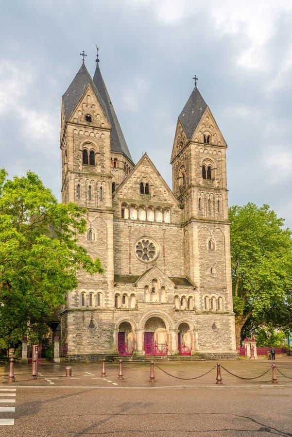 Vista na igreja do templo de Neuf em Metz - França imagens de stock royalty free