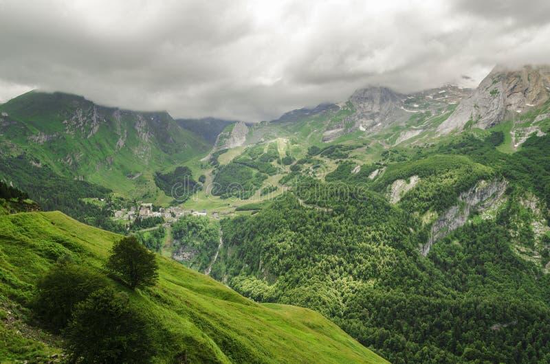 Vista nas montanhas na Espanha imagens de stock